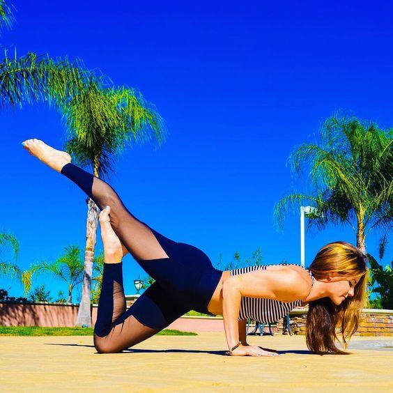 йога для сильных рук