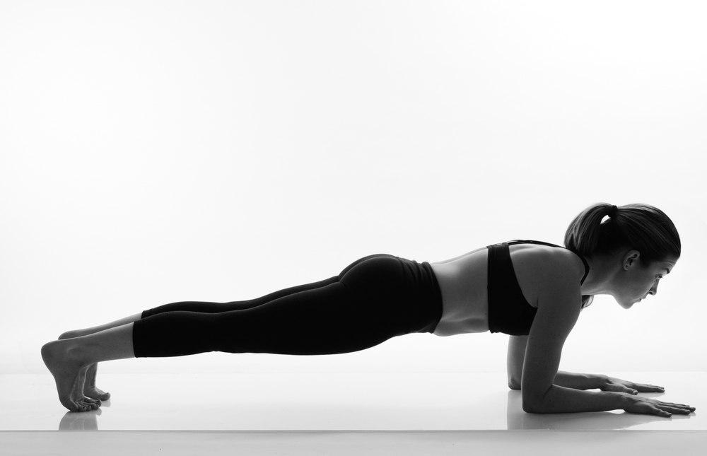 Планка на предплечьях для мышц кора