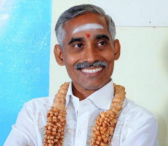 Доктор Мадван